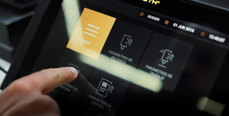 COUTH-reviste-sus-productos-con-los-nuevos-HMI-reforzados.